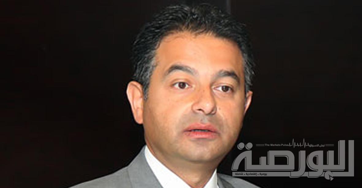 هشام العلايلى رئيس جهاز الاتصالات