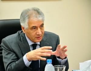احمد جلال وزير المالية السابق