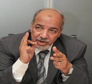 عوني عبد العزيز