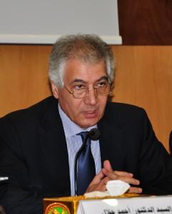 احمد جلال وزير المالية الأسبق
