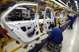 مصنعى السيارات