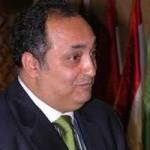 رجل الأعمال منصور عامر