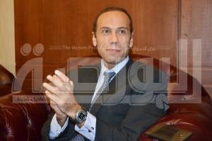 محمد النواوى الرئيس التنفيذى للشركة المصرية للاتصالات