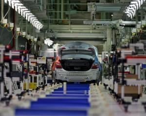 تصنيع السيارات