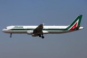 الطيران الوطنية الايطالية