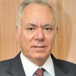 رئيس مجلس الإدارة والرئيس التنفيذى لبنك القاهرة