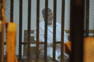 محاكمة محمد مرسى فى قضية الهروب من وادى النطرون