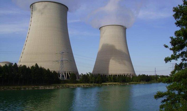 المشروعات النووية