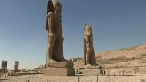 تمثال أمنحتب الثالث