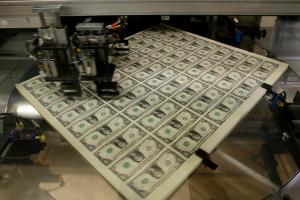 مراحل طباعة الدولار الامريكى