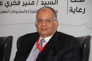 مصطفى حسين رئيس مجلس ادارة مركز معلومات السيارات