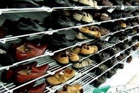 تجار الأحذية