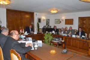 اجتماع وزير التموين مع رئيس شركة الاصدقاء لمنتجات الالبان وعدد من أعضاء مجلس إدارة القابضة للصناعات الغذائية