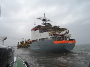 تعميق الممر الملاحي بميناء دمياط