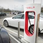 تيسلا موتورز لتصنيع السيارات الكهربائية