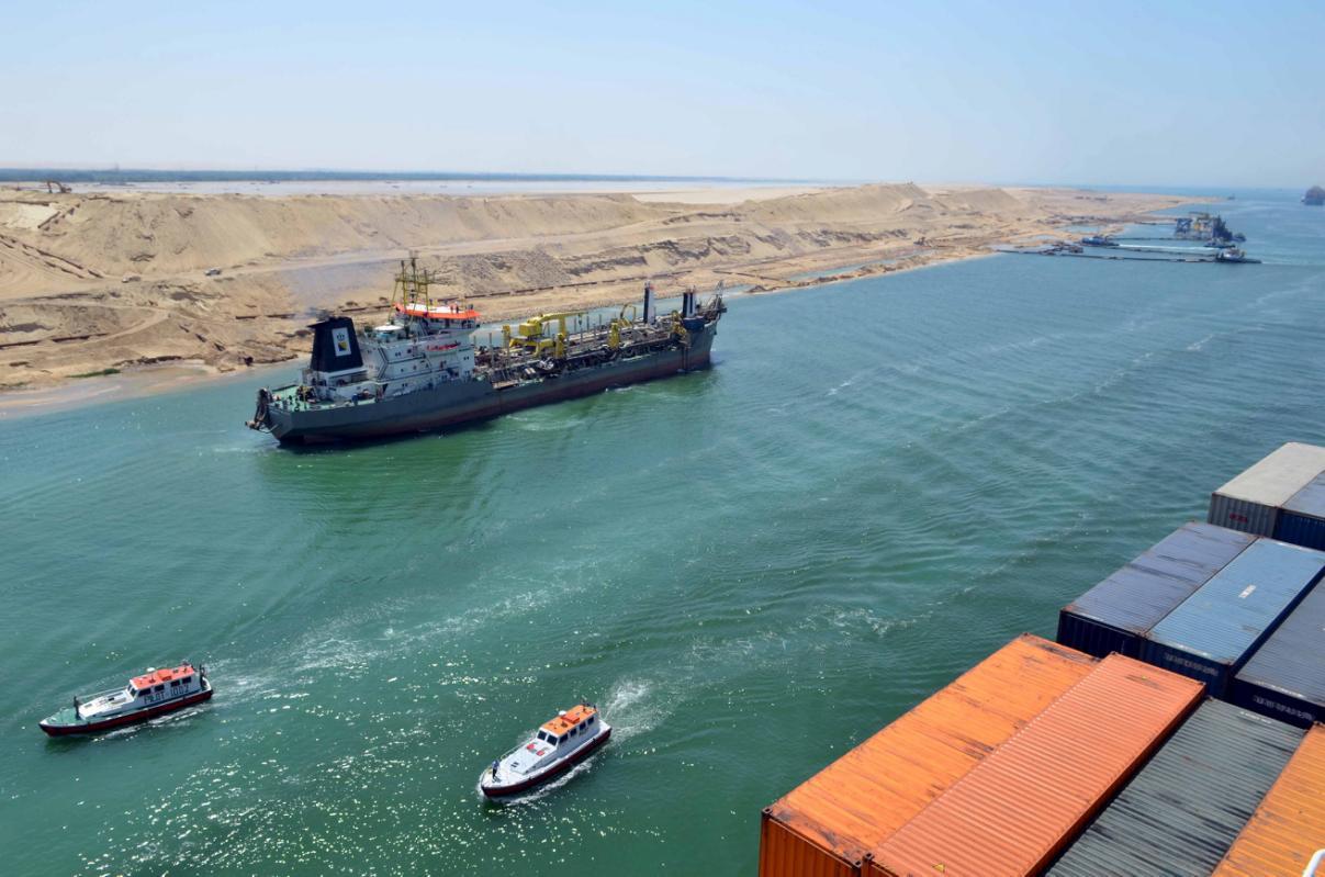 قناة السويستطبق زيادة جديدة فى رسوم تأخر السفن بدءاً من اليوم - جريدة البورصة