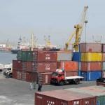 نشاط فى حركة السفن والشاحنات واستقبال السلع الاستراتيجية بميناء الإسكندرية