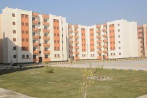 تسليم وحدات الاسكان الاجتماعي للمستفيدين فى بني سويف الجديدة (1)