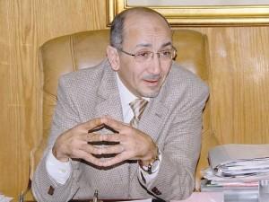 محمد عثمان هارون رئيس الشركة الشرقية للدخان