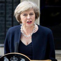رئيسة لوزراء بريطانيا  تيريزا ماي