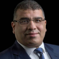 محمد عبد الفتاح الشريك المسئول عن ادارة اسواق المال بمكتب معتوق بسيوني للاستشارات القانونية