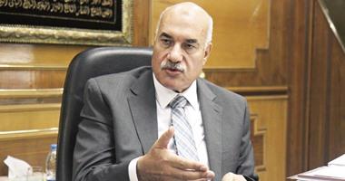 أحمد مصطفى رئيس الشركة القابضة للغزل