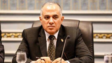 محمد عبد العاطى وزير الرى