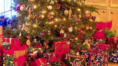 شجرة الكريسماس - صورة ارشيفية