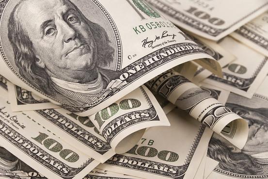 6ee80cb3e ... اليوم 15.75 جنيه للشراء و15.80 جنيه للبيع، فى حين بلغ سعر صرف اليورو  16.70 جنيه للشراء و16.80 جنيه للبيع. وقال البنك الأهلى على موقعة الإلكترونى  إن سعر ...