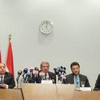 مؤتمر صحفى لوزير المالية عمرو الجارحي