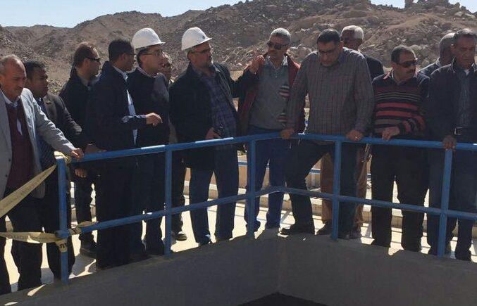 وزير الاسكان يتفقد محطة مياه جبل شوشة
