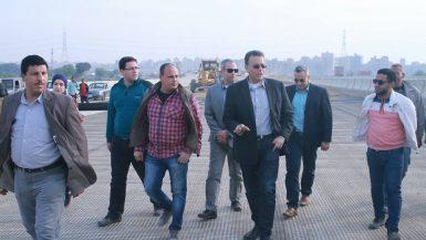 وزير النقل بطريق شبرا بنها - صورة ارشيفية