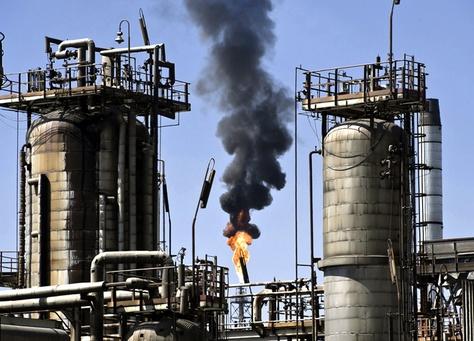 السعودية تمضي قدما في خطة للطاقة المتجددة لتنويع المصادر
