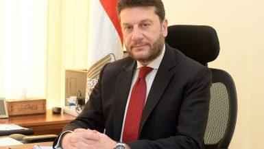 عمرو المنير نائب الوزير للسياسات الضريبية
