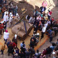 استكمال استخراج تمثال رمسيس بالمطرية
