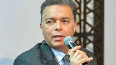 هشام عرفات وزير النقل