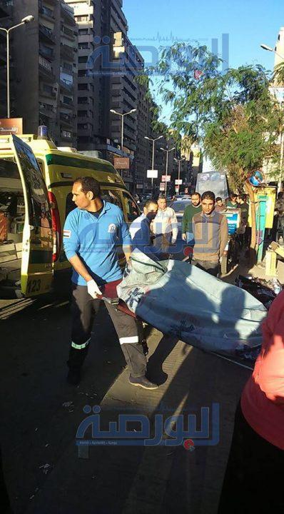 صور نقل جثة الفتاة من امام محطة مترو الدقي