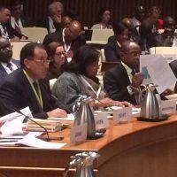 وزير الإسكان يشارك فى مؤتمر عن المياه والصرف خلال اجتماعات البنك الدولى بواشنطن (2)