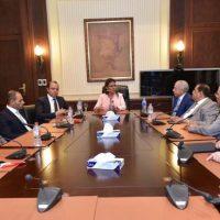سحر نصر في اجتماعها مع مجلس إدارة البورصة 2