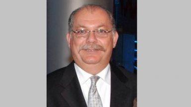 أحمد منصف