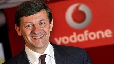 ستيفانو جوستاوت الرئيس التنفيذى لشركة فودافون مصر