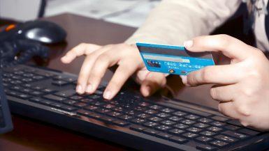 الدفع الإلكتروني عبر الانترنت
