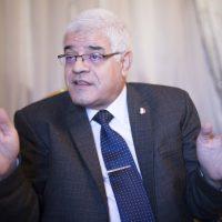 محمود ضياء لواء سابق في قوات المسلحة