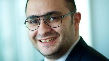 جو راعي، شريك في بين أند كومباني الشرق الأوسط وعضو في قسم المنظمة العالمية للشركة.