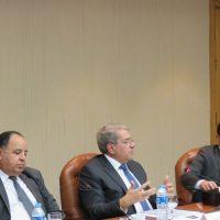 وزير المالية ونائبيه لشئون الخزانة والسياسات المالية