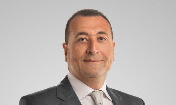 عمرو ابو العزم