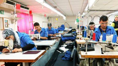 صناعة الملابس ؛ مصانع الملابس