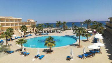 طابا و نويبع ؛ منتجعات سياحية ؛ البحر الأحمر