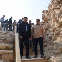 مصطفى مدبولى رئيس الوزراء و خالد العنانى وزير السياحة و الآثار ؛ الآثار