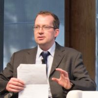 باتريك جنكينز ؛ نائب رئيس تحرير فاينانشيال تايمز